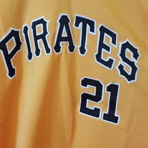 Pittsburgh Pirates Clemente Jersey